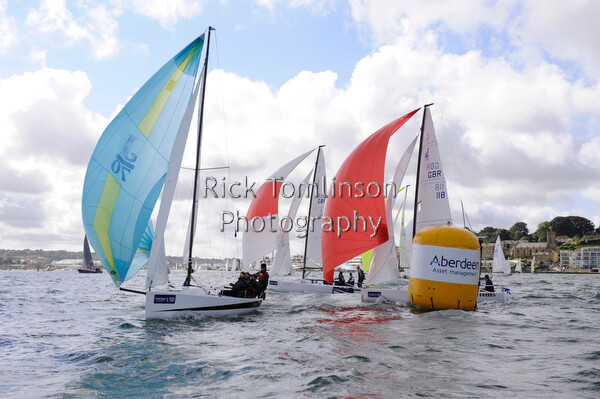 AAMCW13-RT00024   Aberdeen Asset Management Cowes Week 2013. Saturday Aug 3 J70 Jugador and Pheebs