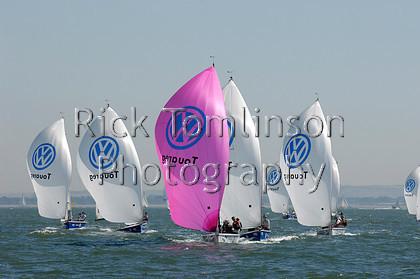 SCW07-1582   Skandia Cowes Week 2007 day 2, Sunday August 5 SB3 fleet spinnakers