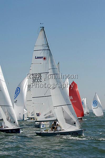 SCW07-1595   Skandia Cowes Week 2007 day 2, Sunday August 5 SB3 fleet 3336 Laser Sailing 3