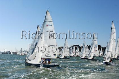 SCW07-1436   Skandia Cowes Week 2007 day 2, Sunday August 5 SB3 3366 Laser Sailing 2 & fleet
