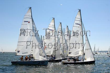 SCW07-1478   Skandia Cowes Week 2007 day 2, Sunday August 5 SB3 fleet 3335 Royal Signals 3204 3 Fat Lads 3094 Laser SB3